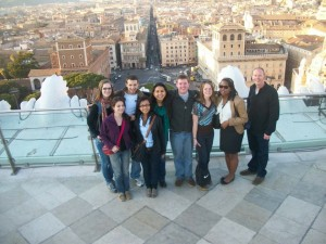 Members of the Alternative Service Break Italy team atop the Monumento Nazionale a Vittorio Emanuele II.
