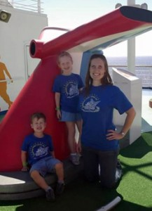 Veronica Brumbaugh '04 with her children
